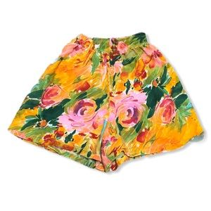 Vintage 90s Chic Floral High Waisted Shorts—S